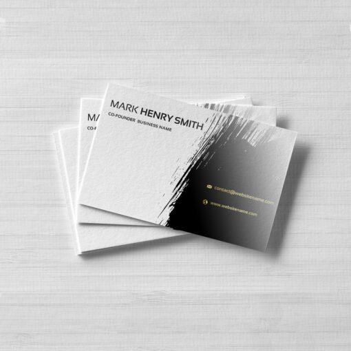 Rendu luxueux et ultra-résistants avec les cartes de visite épaisses brillant 1